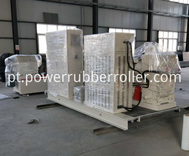 Industrial Rubber Roller Grooving Machine