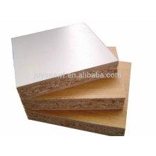 Feste Farbe oder Holzmaserung Melamin Laminierte Spanplatte zum Verkauf