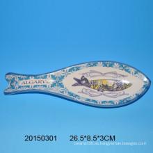 Peces creativos en forma de cuchara de cerámica resto con calcomanía para decro cocina