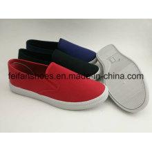 Chaussures en gros d'injection de toile d'hommes, chaussures de glissement de chaussures de glissement-sur