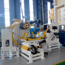 High performance coil straightener feeder