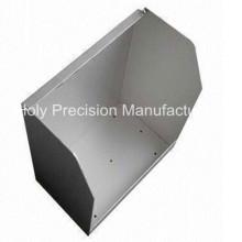 Matériau de construction formé par alliage d'aluminium anodisé par emboutissant