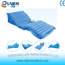 Medical air mattress pad pressure sore treatment