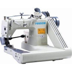 Trzy igły maszyna do szycia (z podwójnym ściągaczem)