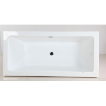 Sleek Bathtub in Acrylic Material