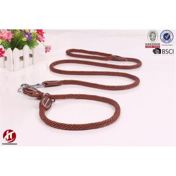Productos hechos a mano del animal doméstico Nylon llevó la correa y el collar del perro con el anillo doble de D
