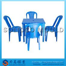 moule en plastique de produits ménagers