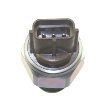 Fuel rail pressure sensor for automobile