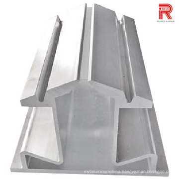 7075-T6 Aluminum/Aluminium Extrusion Profiles for Industrial Usage