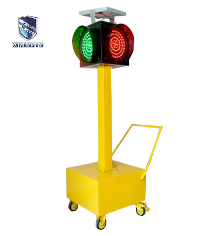 solar moving led traffic light