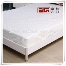 Heißer Verkauf 120GSM weißes Hotel oder Krankenhaus verwendete König-Größen-Matratzen-Schutz
