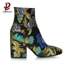 कपड़े साबर कढ़ाई विशेष डिजाइन टखने के जूते