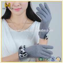 Gray Knit Wool Gloves with Leopard print Bowknot on the Cuff
