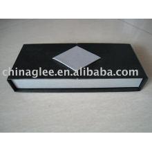 caixas de papelão caneta