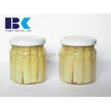 Os espargos brancos originais em latas