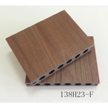 Oco Rodada Buraco Decking 138 * 23mm Co-Extrusão WPC Tira