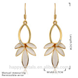 Elegant lovely leaf shaped rhinestone tin alloy earrings ear studs