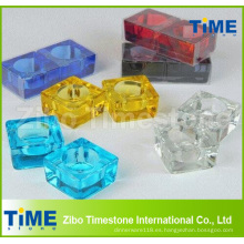 Candelabros cuadrados de cristal coloreado sólido del candelita