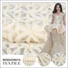 Venda quente diferentes tipos de novos tecidos de tule de bordado branco com fio paquistão