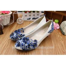 Printemps en dentelle bleue et été bas avec des chaussures en cuir souple en PU PU pour femmes, la scène artisanale créée avec des chaussures WS036