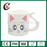 Wholesale customized cheap promotional ceramic mug with unique handle