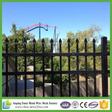 Panneaux de clôture en acier galvanisé à usage industriel 5FT X 8FT de China