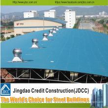 Taller de estructura de acero con láminas de acero de color