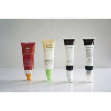 Tubo de plástico. Tubo flexível. Tubo flexível para embalagens de cosméticos (AM14120239)