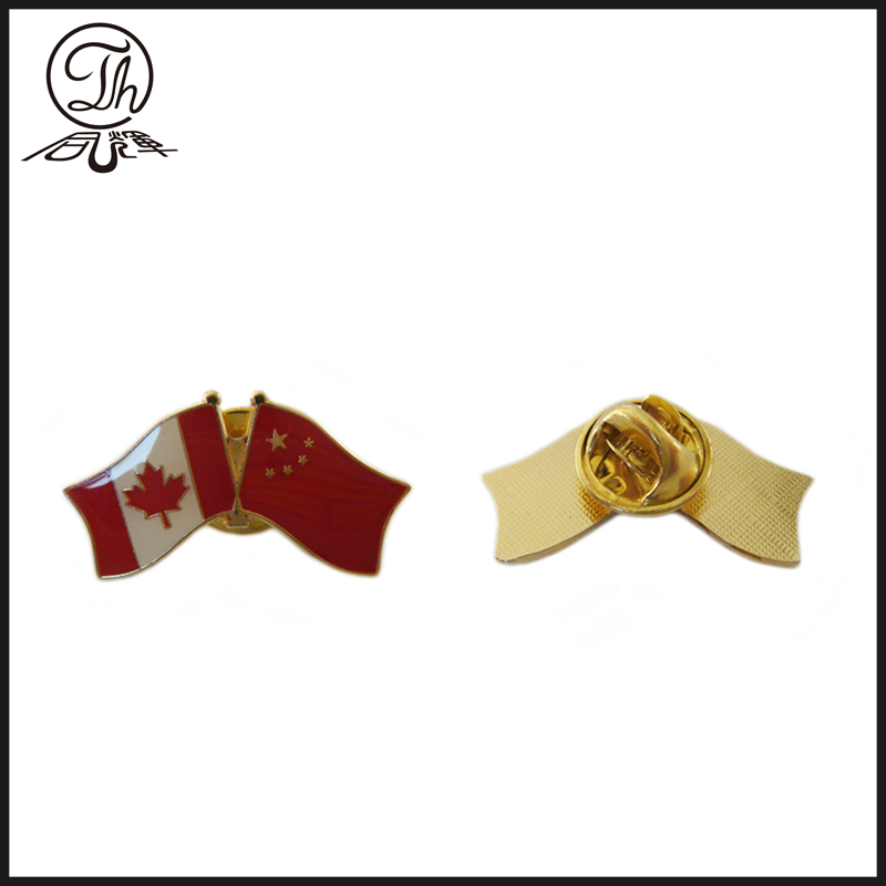 Photo etching gold flag collar pin