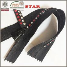Застежки-молнии со стразами для одежды Distinc