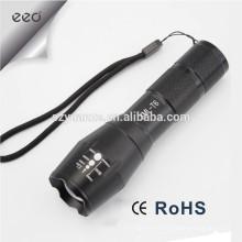 Lampe torche LED Zoomable par 1 * 18650 ou 3 * AAA
