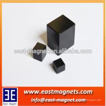 Los imanes de la resina epoxy de la alta calidad negra / la fábrica del imán de la ferrita del bloque / el imán de gran alcance del gauss para la venta