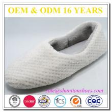 Novo design acolchoado lã quente chinelo piso de inverno para a mulher