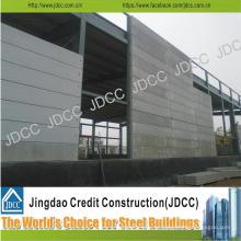 Oficina composta da construção de aço clara dos painéis do cimento