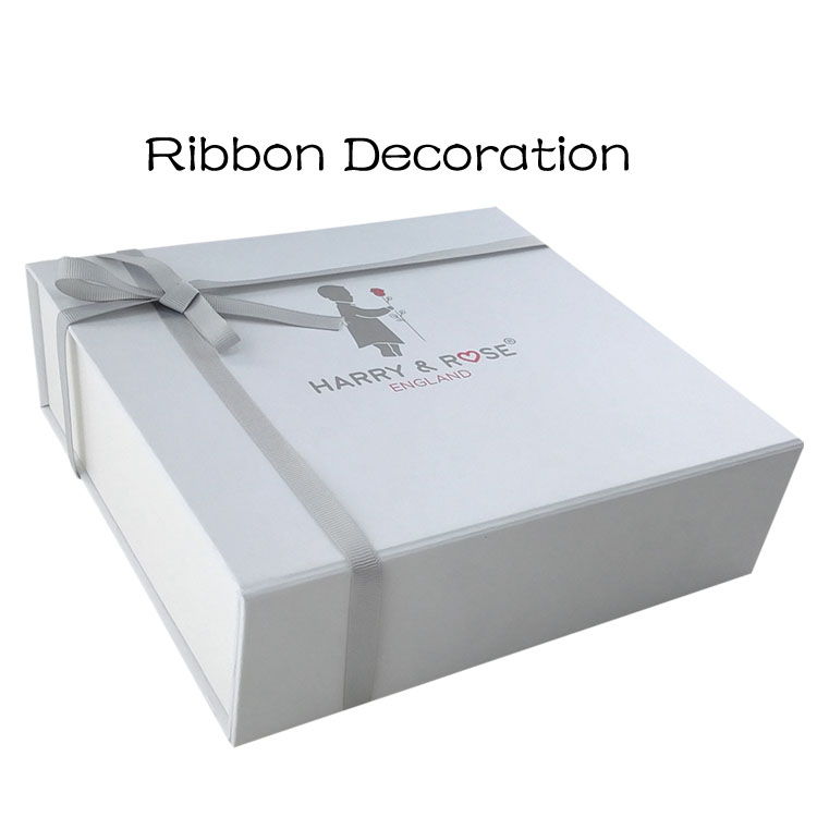 Luxury White Cardboard Makeup Box with Ribbon
