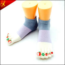 Fashion Parttern Ankle Toe Socks for Girls