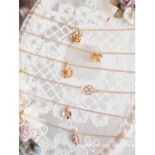 Collar con colgante de hoja de flor BJD para muñeca SD / MSD / YOSD