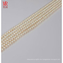4-5mm weißes natürliches Perlen-Bördel-Stränge, Knopf-runde