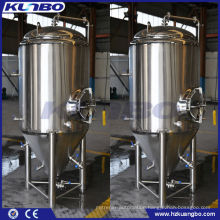 Beer tank for yeast brewing