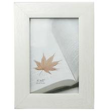 White Plastic Photo Frame In 13x18cm