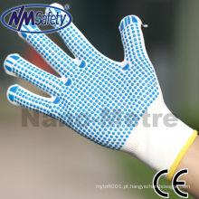 As luvas feitas malha do algodão poli de NMSAFETY trabalham luvas com ponto do PVC