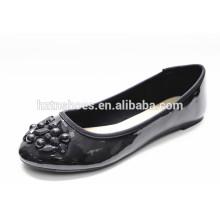 Patent PU-Leder schwarze Frauen Schuhe mit trimmen Flats Lady Casual Schuh