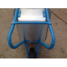 Um carrinho de rodas WB5009