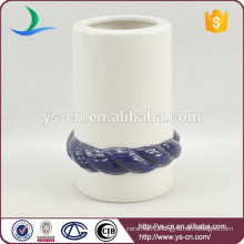 YSb50095-01-th Embossed ceramic toothbrush holder with blue rope design