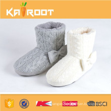 cheap warm comfortable fluffy snow boot for girls