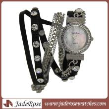 Montres en alliage rond de haute qualité imperméable à la mode de diamant