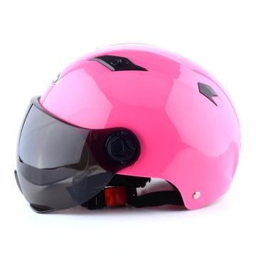 Schutzhelm aus Kunststoff Helmform aus Kunststoff