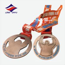 Ahuecar el diseño simple de cobre antiguo de venta al por mayor medalla de Jiu-Jitsu