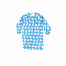 avental para a criança que pinta o avental completo