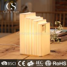 Lampe de table de livre de lumière douce pour l'éclairage quotidien à la maison
